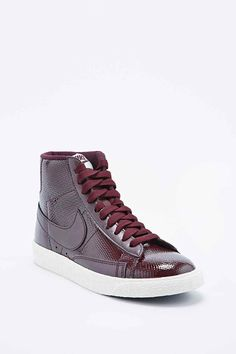 quality design 2f93d 6f9bf Nike Premium Mid-Top Leather Blazer Trainers in Burgundy. Converse Sneakers  ...