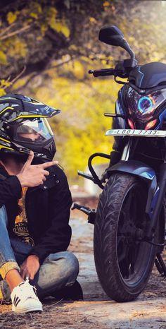 Biker Photoshoot, Mens Photoshoot Poses, Motorcycle Couple Pictures, Bike Couple, Motorcycle Photography, Boy Photography Poses, Reflection Photography, Bike Pic, Bike Photo
