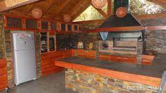 PERGOLAS Y QUINCHOS: quinchos Outdoor Kitchen Grill, Diy Outdoor Bar, Outdoor Patio Designs, Backyard Kitchen, Outdoor Kitchen Design, Backyard Patio, Traditional House Plans, Bbq, Barbacoa