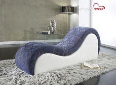 Fauteuil tantra, le fauteuil du plaisir. Il est idéal pour tester de nouvelles positions du Kamasoutra et augmenter les sensations. Le Fauteuil de l'amour.