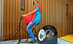 At the age of just fourteen, Remya Jose created a pedal-powered washing machine and exercise bike to make laundry easier for families without electricity. Power Wash Machine, Pressure Washing Tips, Recycled Bike Parts, Indiana, Clean Washing Machine, 14 Year Old Girl, Workout Machines, Washing Clothes, Alternative Energy