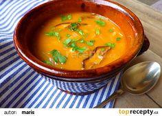 Polévka z čerstvého zelí s houbami a cizrnou recept - TopRecepty.cz Thai Red Curry, Treats, Cooking, Ethnic Recipes, Food, Sweet Like Candy, Kitchen, Goodies, Eten