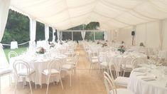 #Zelt #mieten #Hochzeit #Blumenschmuck #Vintage #Boho_Wedding Table Settings, Table Decorations, Boho, Vintage, Furniture, Home Decor, Flower Decorations, Tent Camping, Wedding