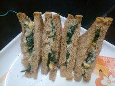 Spinach and corn sandwich in white sauce