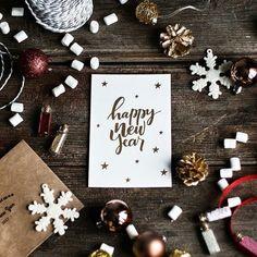 Christmas Flatlay, Christmas Mood, Pink Christmas, Christmas Candy, Christmas And New Year, Merry Christmas, Christmas Gifts, Xmas, New Years Decorations
