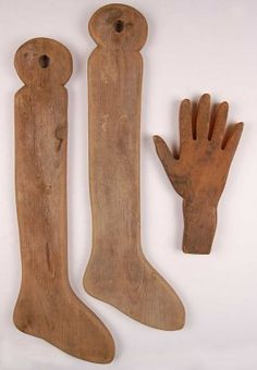 ANTIQUE PRIMITIVE WOOD GLOVE AND SOCK DRYERS : Lot 114~Measure 23 x 8 and 11 x 6 inches.~~♥~