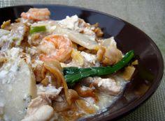 Sam Tan's Kitchen: Wat Tan Hor/Kong Foo Chow (Cantonese Fried Flat Noodles in Egg Gravy)