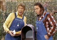 Buck Owens and Roy Clark Hee Haw Show, Roy Clark, 1980s Tv, Buck Owens, Online Photo Gallery, Country Music Stars, Old Shows, Oldies But Goodies, Old Tv