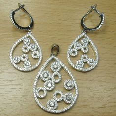 Micro Setting White CZ 925 Sterling Silver Pear Shape Carving Jewelry Set