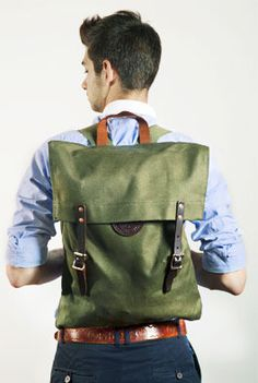 Duluth Pack Canvas Backpack (Green) - Kaufmann Mercantile