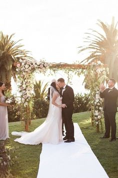 Ceremonial wedding kiss | Planned by Ilana Ashley Events