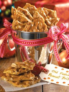 Recipes from The Nest - Old-Fashioned Peanut Brittle 1 cup sugar cup light corn syrup teaspoon salt 1 cups shelled raw peanuts 1 tablespoon butter 1 teaspoon vanilla extract 1 teaspoon baking soda Holiday Candy, Holiday Treats, Holiday Recipes, Peanut Brittle Recipe, Brittle Recipes, Christmas Sweets, Christmas Candy, Christmas Gifts, Christmas Goodies