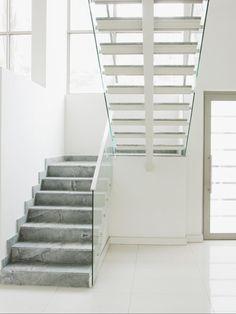 Diseños de escaleras para tu hogar | eHow en Español
