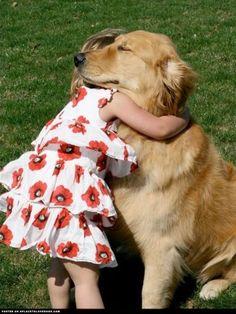 Golden Retrievers give the BEST hugs. Ravenwhimsy's Wonderful World. #DogFace