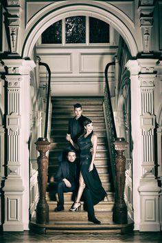 In het komende seizoen geeft Museum Jan Cunen Powervrouwen de hoofdrol. In dat kader heb ik een mooie serie mogen maken met een echte Osse Powervrouw en twee prachtige mannelijke modellen. Gaaf om de eerste publicatie te mogen bewonderen in het Theatermagazine van De Lievekamp. #trotsopOss #powervrouwen #tentoonstelling #MuseumJanCunen #theaterdelievekamp www.eyequote.nl Fashion Beauty