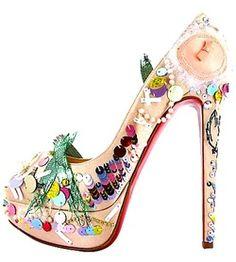 Shoe Addict: so much detail! - SparkRebel