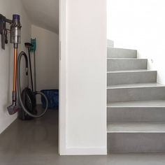 Home Stairs Design, Home Interior Design, House Stairs, Under Stairs, My Dream Home, Home And Living, Sweet Home, New Homes, Architecture