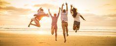 25 ЗАМЕЧАТЕЛЬНЫХ ИДЕЙ ДЛЯ ВАШЕЙ СЧАСТЛИВОЙ ЖИЗНИ    1. Устраивайте себе прогулку на 10-30 минут ежедневно. И, пока идете, улыбайтесь. Улыбка – лучший антидепрессант.  2. Проводите минимум 10 минут в тишине каждый день.  3. Когда просыпаетесь с утра, поблагодарите Бога за новый день и наметьте свои цели на сегодня.  4. Ешьте больше фруктов и овощей, которые выросли на земле и поменьше употребляйте консервированных и искусственных продуктов.  5. Пейте зеленый чай и достаточно воды. Ешьте…