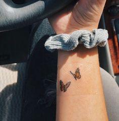 Mini Tattoos, Diskrete Tattoos, Dainty Tattoos, Irezumi Tattoos, Pretty Tattoos, Beautiful Tattoos, Female Tattoos, Watch Tattoos, Bodysuit Tattoos