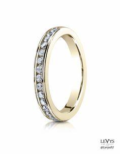 513523_Y_tq #Benchmark #weddingring #diamonds