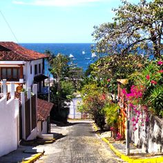 San Juan del Sur, Nicaragua... Is a great place to surf.....after the Nicaraguan Canal is built.....prices will go up