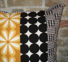Contemporary quilt pillow case. So pretty!