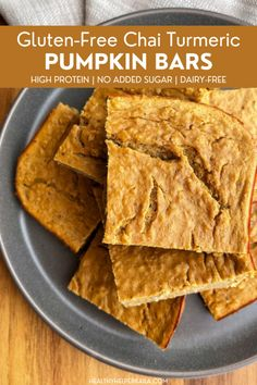 Gluten-free, dairy-free Chai Turmeric Pumpkin Bars will be your new favorite healthy snack for fall. High protein and no added sugar! Best Dessert Recipes, Fun Desserts, Fall Recipes, Great Recipes, Whole Food Recipes, Delicious Desserts, Breakfast Recipes, Eat Breakfast, Healthy Gluten Free Recipes