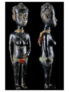 Les Agni se retrouvent vers l'Est et et Sud Est de la côte d'ivoire, à la lisière du Ghana. Plusieurs branches constituent cette grande entité culturelle, assurant une diversité des styles artistiques. On peut nommer les Bettié, Bini, Bona, Sanwi, Moronou, Indénié. Les Agni ont été le premier peuple de Côte d'Ivoire à entrer en contact avec les Européens au XVII ème siècle.