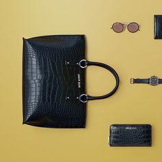 PRECIOUS DETAILS: Treat your family & friends to something really special this year.  Discover the Armani Jeans with discount 40% on casunique.com 🇷🇺 Стильные детали: побалуйте вашу семью и друзей чем-то особенным в этом году. аксессуары Armani Jeans доступны к заказу на сайте casunique.com  #totallook #FW16 #FallWinter2016 #Boutique #DigitalStore #lookme #sale #shopping #40off #shop #style #stylish #sale #скидки #boutique #onlinestore #boutiqueonline #onlineboutique #распродажа #beauty…