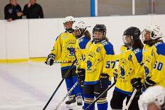 FTC - Hatvan Girls Női OBII - Hatvani Gigászok Ice Hockey Teams, Lany, Girls, Dresses, Fashion, Vestidos, Moda, Daughters, Fashion Styles
