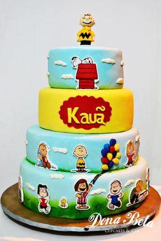 Dona Beta: A turma do Snoopy: 1º aniversário do Kauã  Doces Modelados e Personalizados  Cake, Candy, Pops,