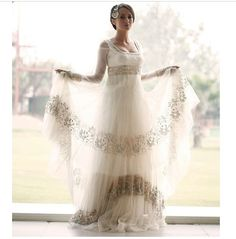 Such a stunning white wedding lengha. - Nope (but I really love the dresses) - Wedding Such a stunning white wedding lengha. - Nope (but I really love the dresses) - Best Wedding Dresses, Wedding Gowns, Bridesmaid Dresses, Dresses Dresses, Bridal Dresses, Asian Bride, Indian Couture, Indian Outfits, Indian Attire