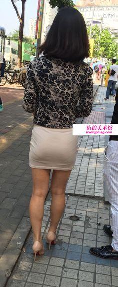 前突后翘好身材包臀美女美不美看大腿,可见拥有一双修长美腿是多么的重要(2) Short Skirts, Mini Skirts, Pencil Skirts, Leather Skirt, Tights, Nude, Sexy, Dresses, Fashion