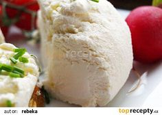 Domaci smetanova ricotta recept - TopRecepty.cz Homemade Cheese, Ricotta, Camembert Cheese, Food And Drink, Dairy, Low Carb, Ice Cream, Bread, Desserts