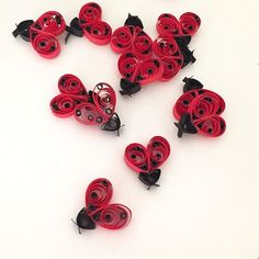Mini ladybugs today! mini quilling paper ladybugs for gift tags.