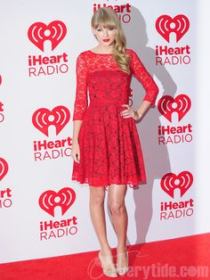 Adorable Short Red Lace Evening Dress by Taylor Swift $131.99