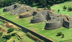 Tzintzuntzan ruinas Michoacán