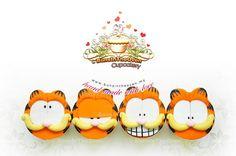 Garfield on cupcakes Cupcake Table, Cupcake Art, Cupcake Cookies, Garfield Cake, Garfield Birthday, 1st Birthday Themes, Birthday Party Favors, Cakepops, Foundant