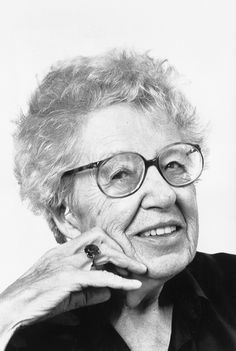 Annie MG Smidt  - schrijfster van o.a.  bekende kinderboeken: Jip & Janneke, Floddertje, Pluk vd Petteflet enz.