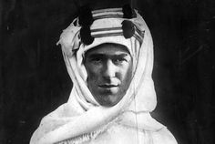 New film suggests Lawrence of Arabia may have been murdered A controversial new biopic about T. Lawrence suggests British secret serv. Seven Pillars Of Wisdom, Arab Revolt, Lawrence Of Arabia, Laurence, British Soldier, Look Alike, World War I, Famous Faces, Zeppelin