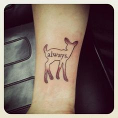 minimalist doe tattoo | Marcadores: Harry Potter