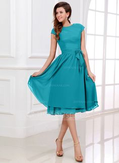 A-Line/Princess Scoop Neck Knee-Length Chiffon Bridesmaid Dress With Bow(s) (007017303) - JJsHouse