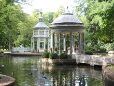 Kioskos chinescos-Jardines del Real Sitio de Aranjuez. Madrid
