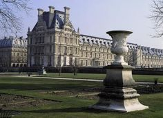 Travel Tips for Paris, France - From USA Today