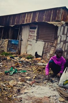 Kenya- slum life. Pray for Kenya!!