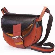 LEATHER SHOULDER BAG WOMEN FRESHMAN 179 via Vintage Leather Bags. Click on the image to see more!