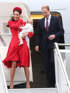 Pin for Later: See All the Duchess of Cambridge's Outfits From the Royal Tour The Duchess of Cambridge Arriving in New Zealand, Kate wore a military-style Catherine Walker coat and matching hat.