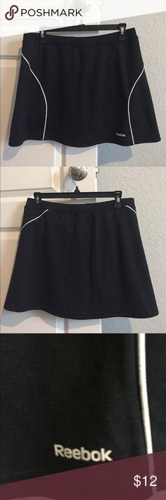 Reebok Skort EUC- worn twice - length- 15 inches Reebok Shorts Skorts