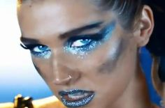 Make-up by Bextacy!: Ke$ha 'We R Who We R' Make-Up Look