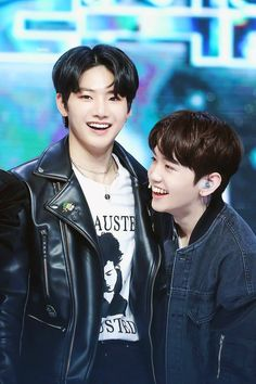 Mashiho and Kim Junkyu Thing 1, Nct, Yg Entertaiment, Yg Trainee, Im Going Crazy, Falling In Love With Him, Treasure Boxes, Kpop Boy, Korean Boy Bands